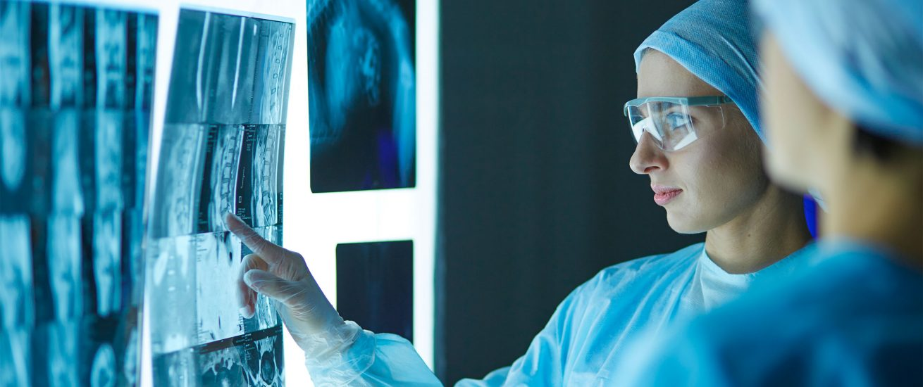 Neue Röntgen-Software soll bei der Früherkennung von Corona helfen. Foto: lenetsnikolai (AdobeStock)